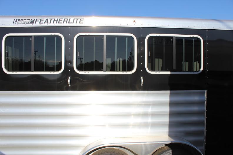 2020 Featherlite 7541 Horse Trailer
