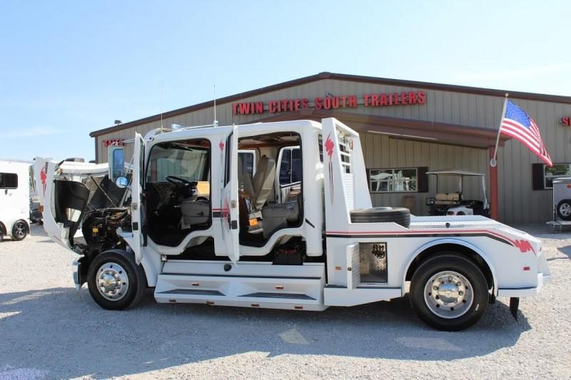 1998 Freightliner FL80 Sport Chassis Truck