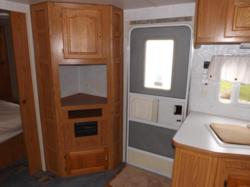 2000 Shasta Phoenix 280RB Travel Trailer RV