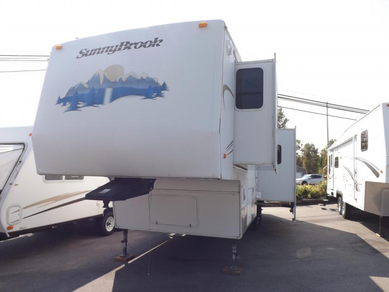 2005 SunnyBrook 30RKFS Fifth Wheel Campers RV