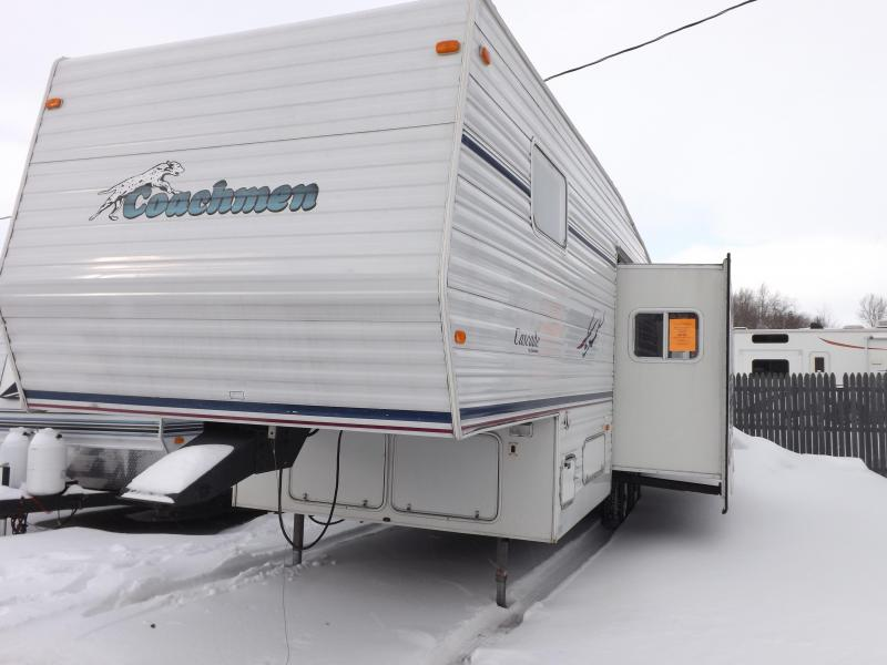 2002 Coachmen Cascade DXL 528RKS Fifth Wheel Campers RV