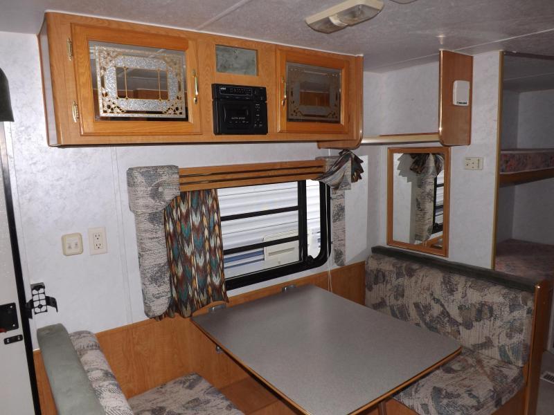 1999 Skyline Nomad 2610 Travel Trailer RV