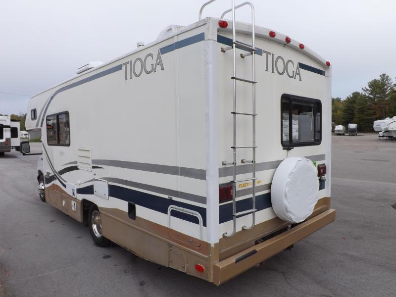 2000 Fleetwood Tioga 24 Class C RV