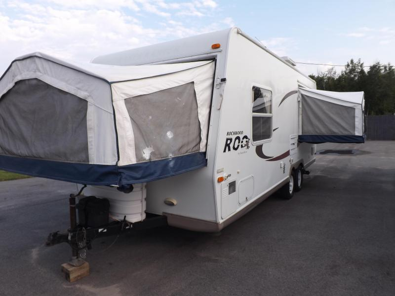 2006 Forest River Rockwood Roo 233 Travel Trailer RV