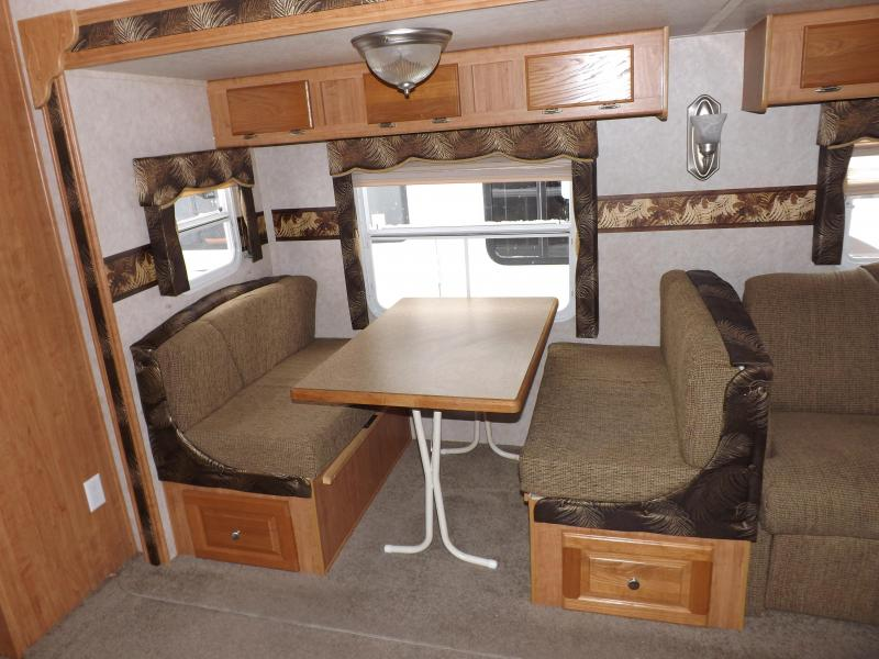 2009 Forest River Rockwood 8318SS SIGNATURE ULTRALITE Travel Trailer RV