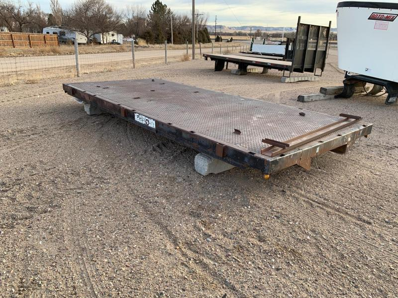 18' Flatbed