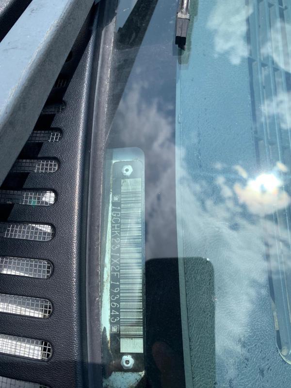 2002 Chevrolet K2500 Crew Cab Long Box 4X4 Truck