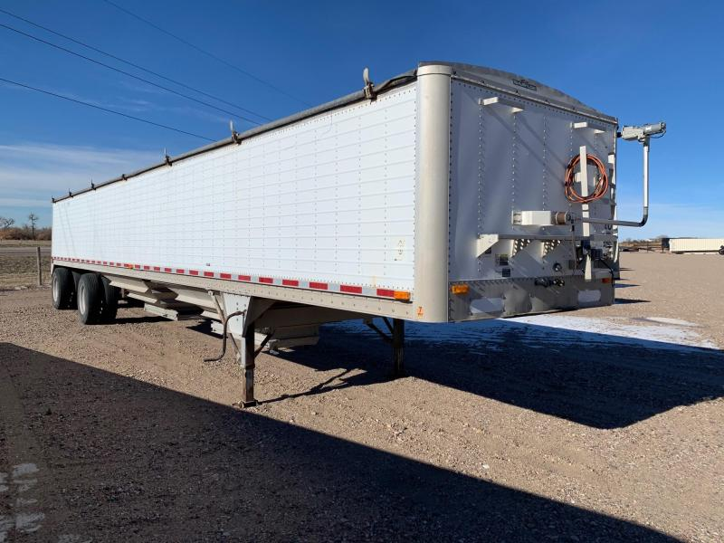 1997 Wilson Trailer Company Grain Hopper