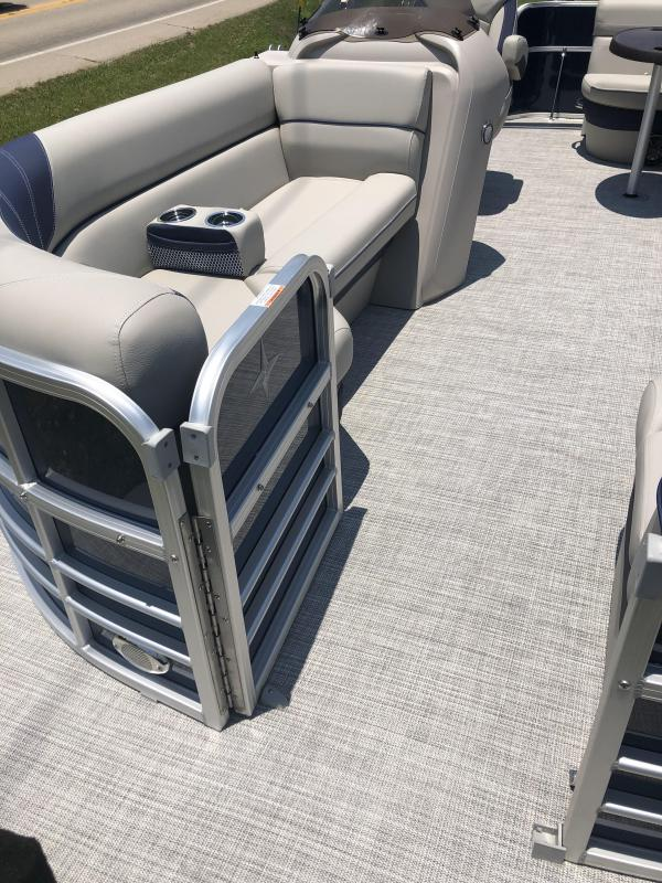 2021 Forest River Berkshire 20CLLE25 Pontoon Boat