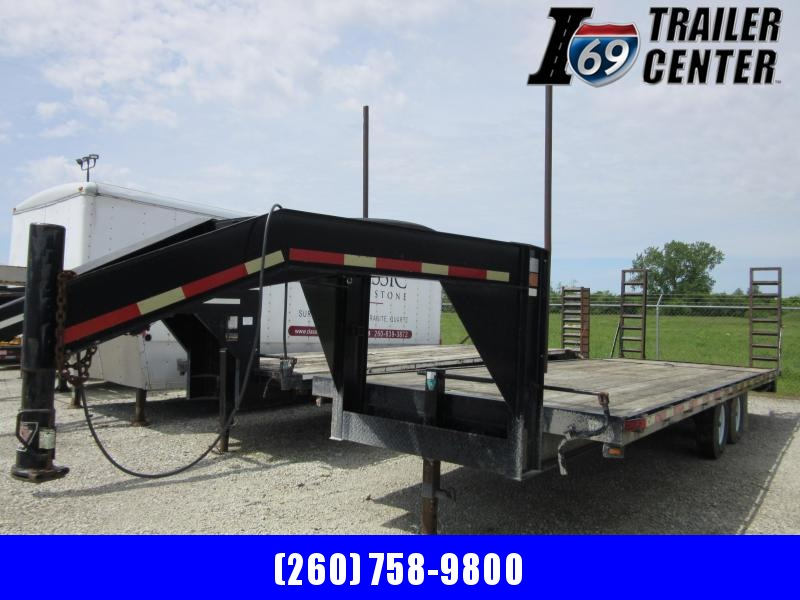 2000 CornPro 20+5 GN Equipment Trailer