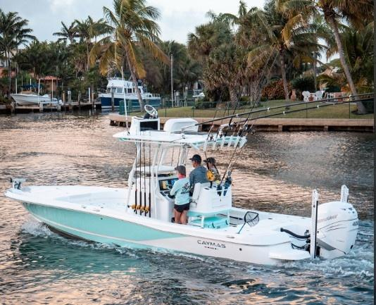 2021 Caymas Boats 28 HB Center Console