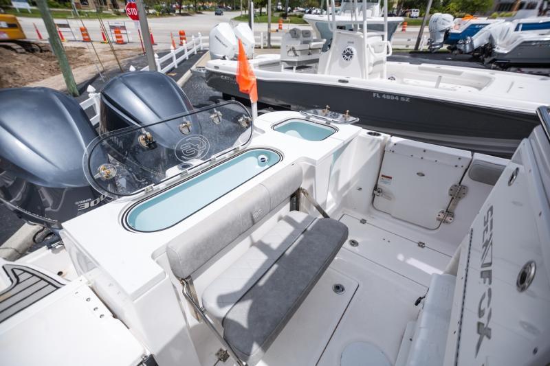 2018 Sea Fox Boat Company 288 Commander Center Console