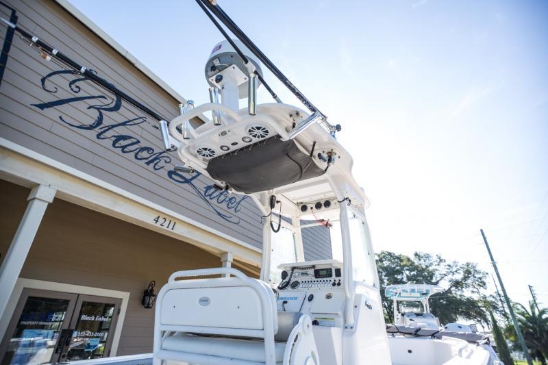 2013 Everglades 243CC SS Center Console
