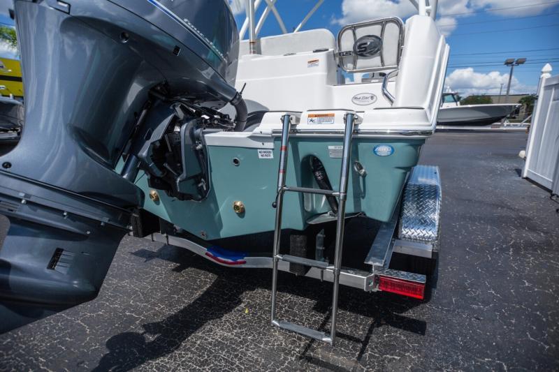 2022 Sea Fox Boat Company 226 Traveler Dual Console