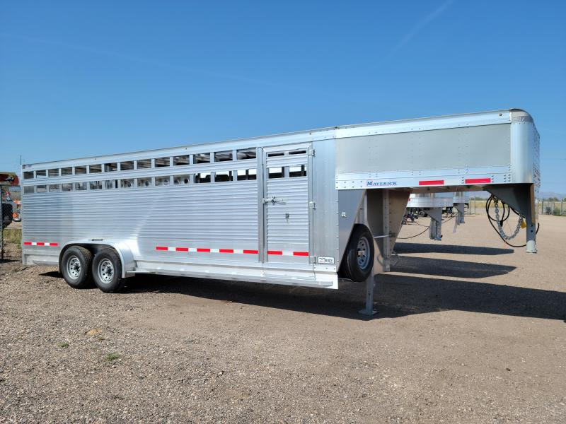 2022 EBY 24' Maverick Livestock Trailer