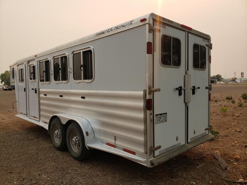 2009 Featherlite 8541 - Gooseneck 4 Horse Slant