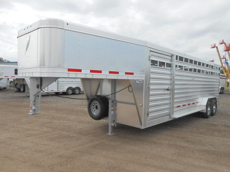 2022 Featherlite 8127-7024 24ft Livestock Trailer