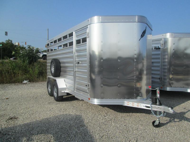 2021 Featherlite 8107-6716 Livestock Trailer