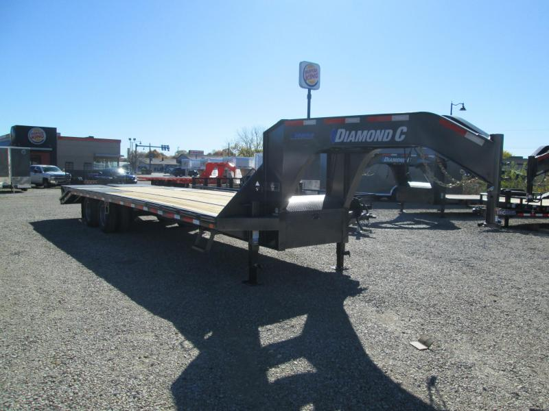 2021 FMAX 212MR 25+5x102 25.9K Diamond C Engineered Beam Equipment Trailer. 33564