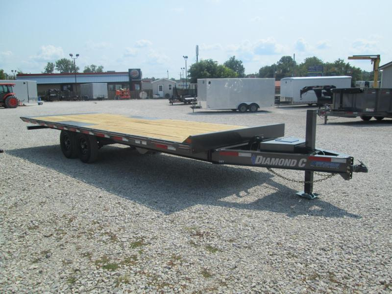 2020 24X102 14.9k Diamond C DET207 Deckover Equipment Trailer. 33178