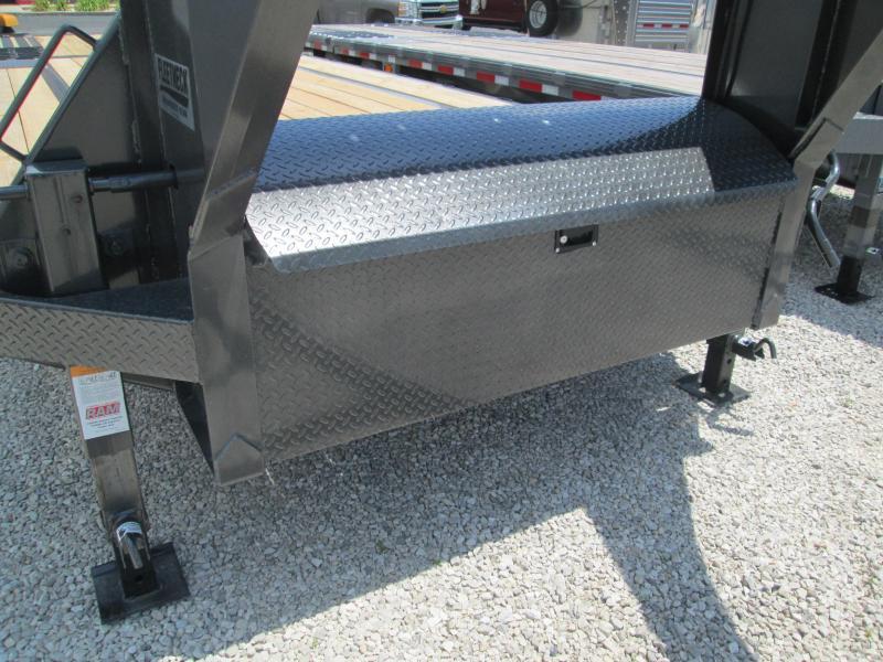 2020 FMAX 207HDT 18'+12'x102 15.5K Diamond C Engineered Beam Equipment Trailer. 30290