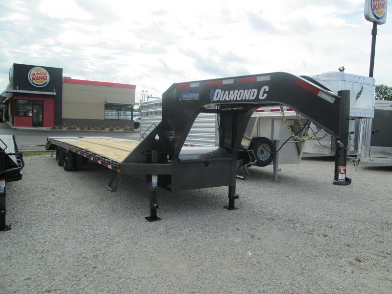 """2020 FMAX 210MR 27'+5'x102"""" 25K Diamond C Engineered Beam Equipment Trailer. 32597"""