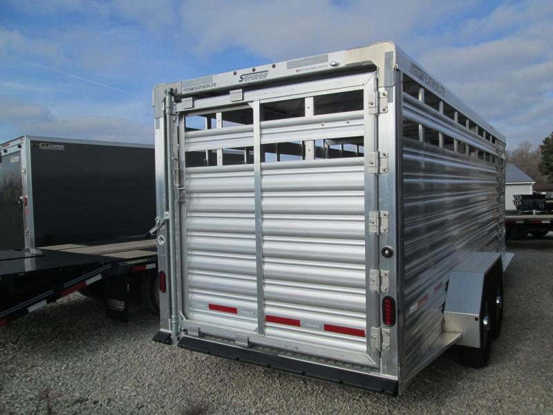 2020 20' 14k Featherlite Gooseneck Livestock with Western gate. 153117