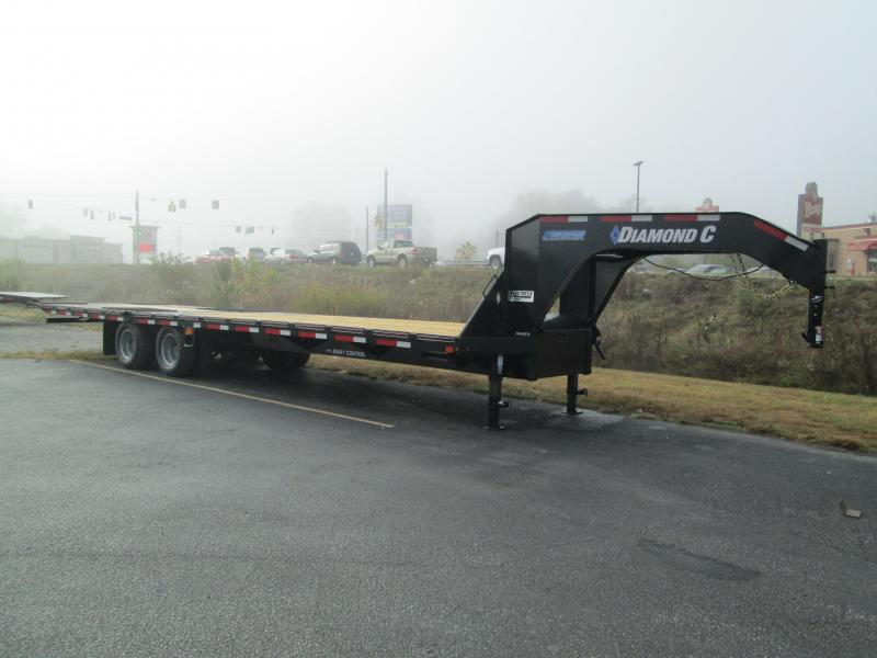"2021 FMAX 212HDT 20'+12'x102"" 25.9K Diamond C Engineered Beam Equipment Trailer. 35097"