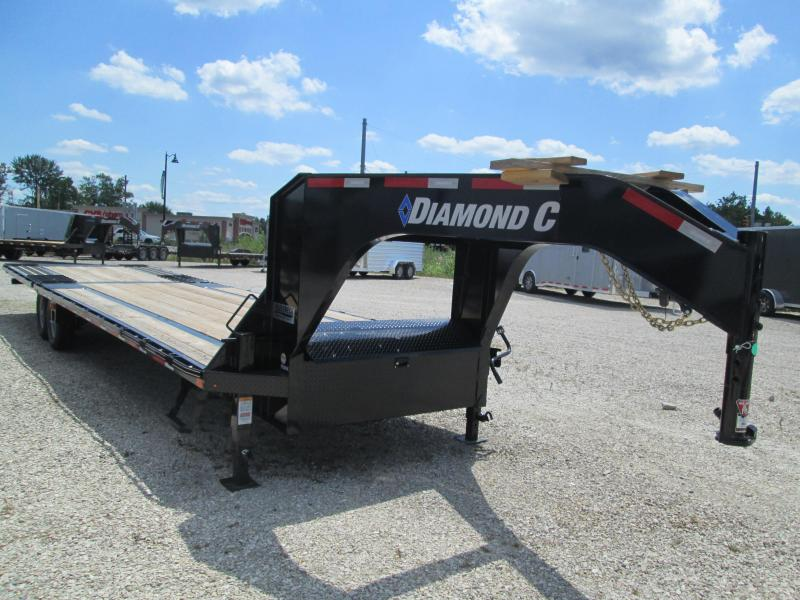 "2020 FMAX 207HDT 20'+12'x102"" 15.5K Diamond C Engineered Beam Gooseneck Equipment Trailer. 30358"