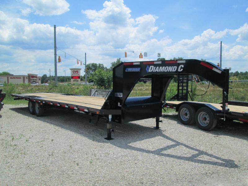 2020 FMAX 207HDT 18'+12' 15.5K Diamond C Engineered Beam Equipment Trailer. 29922