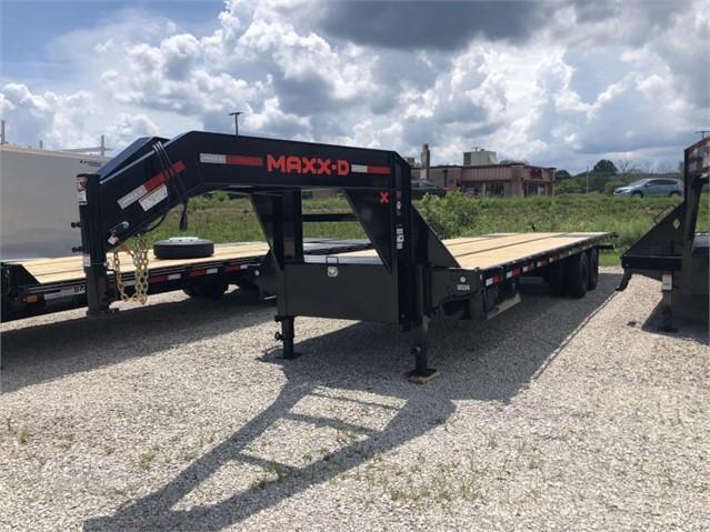 2021 32x102 22.5K MAXXD Gooseneck Tilt Equipment Trailer. 74462