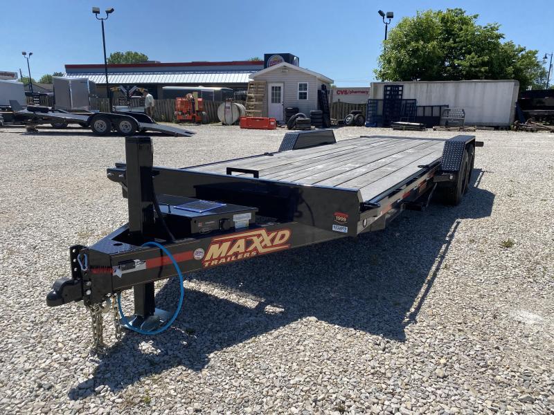 """2020 83""""x24' 16k MaxxD Full Deck Tilt. 71405"""
