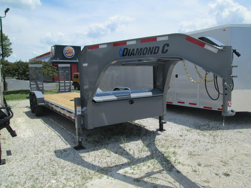 "2020 20'+2'x82"" 14.9K Diamond C Gooseneck Equipment Trailer. 30178"