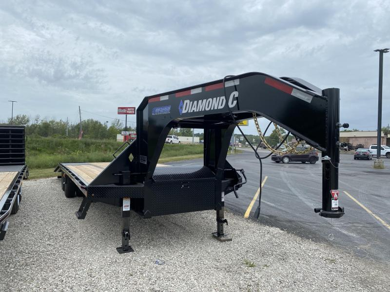 2020 30x102 25K Diamond C FMAX210 Equipment Trailer. 32036