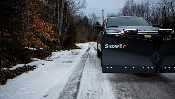 "2021 Snow Ex 9'6"" Steel HDV V-Plow Snow Plow"
