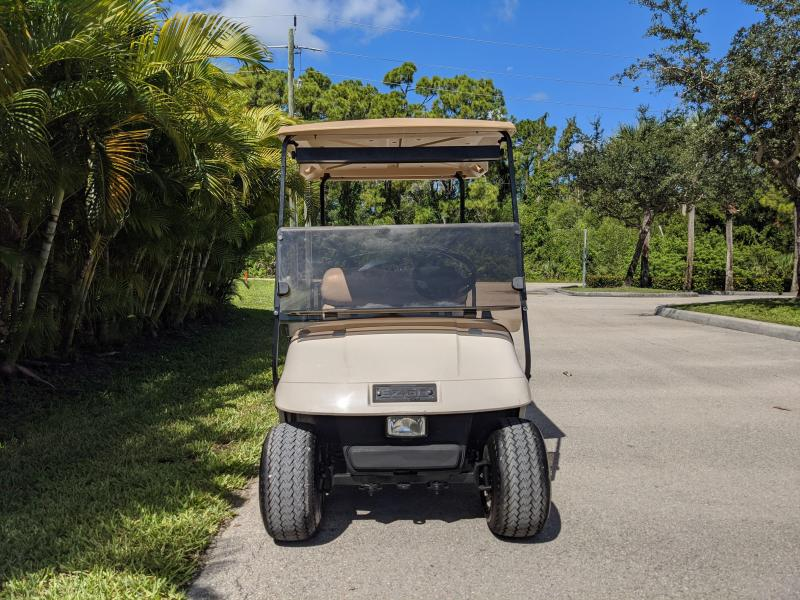 2000 E-Z-GO TXT Golf Cart