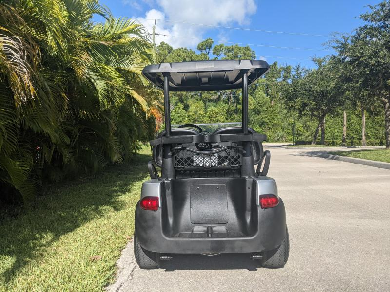 2004 Club Car PRECEDENT Golf Cart