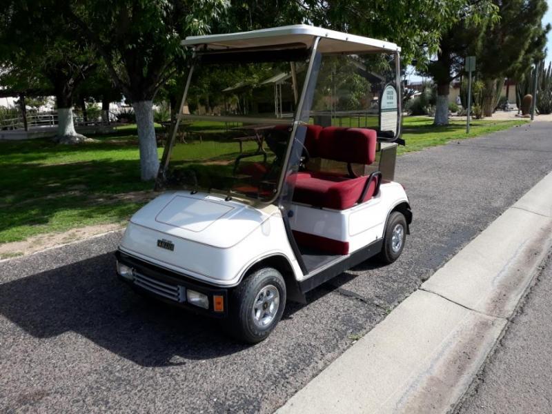 1998 Yamaha Gas Golf Cart