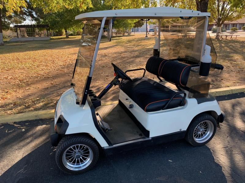 1996 Yamaha G16 Golf Cart