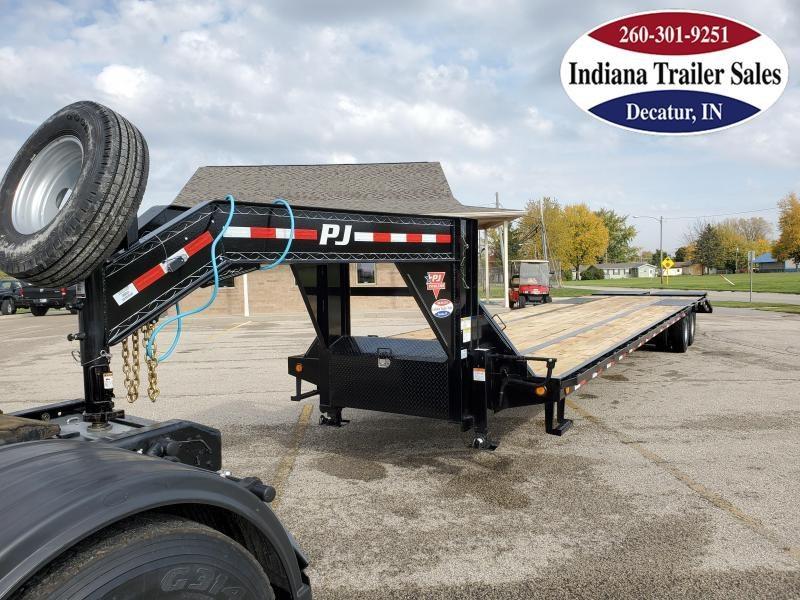 2021 PJ Trailers LD402 102x40 Equipment Trailer