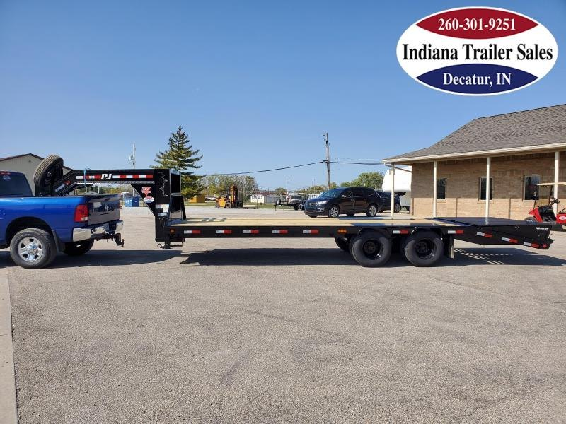 2021 PJ Trailers 102x25 LD252 Equipment Trailer