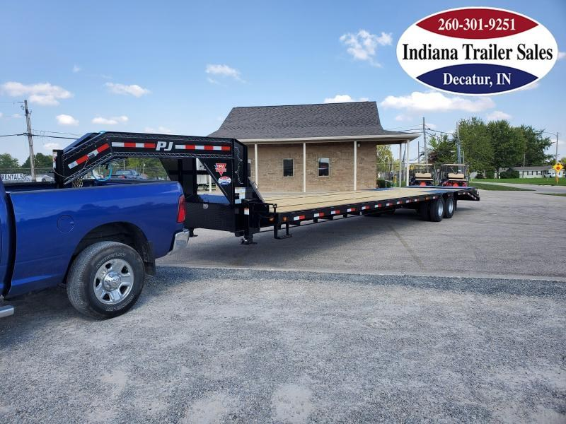 2021 PJ Trailers LD402 102x40 Equipment Trailer