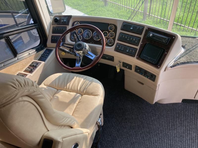 2004 Bluebird M-380DS Double Slide Class A RV