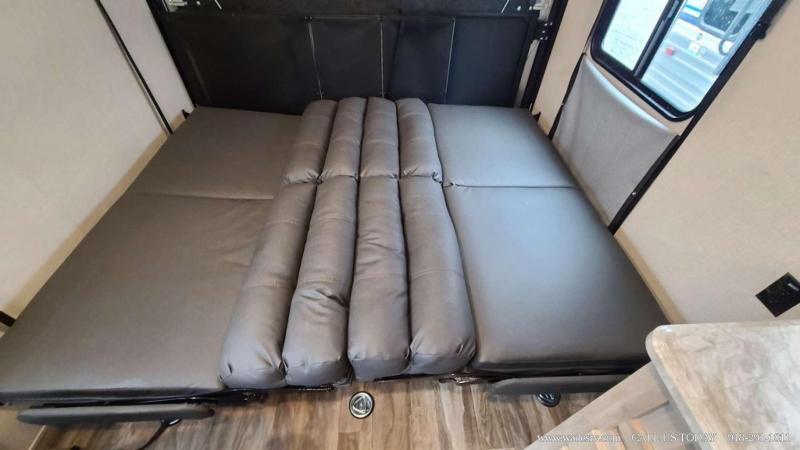 2020 Coachmen Catalina Trail Blazer 26TH Travel Trailer RV