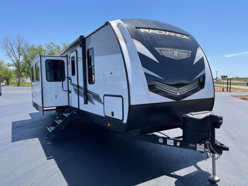 2021 Cruiser Radiance 32BH Travel Trailer RV