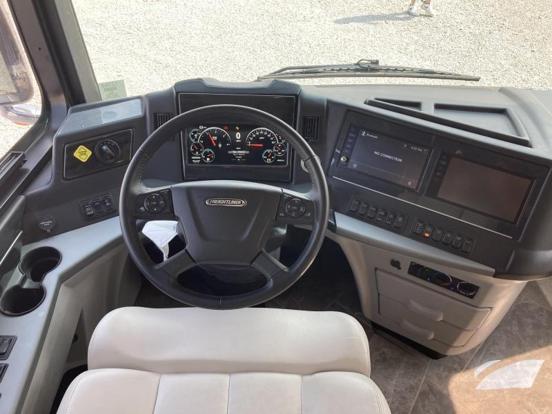 2020 Newmar New Aire 3341 Class A RV