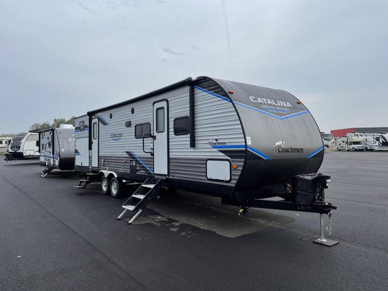 2022 Coachmen Catalina Legacy Edition 323BHDS Travel Trailer RV