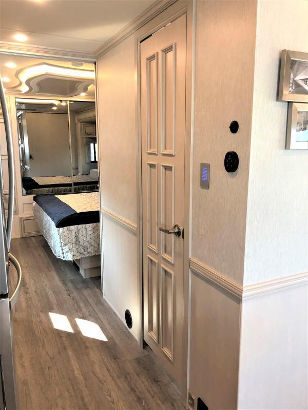 2022 Newmar Kountry Star 3717 Class A RV