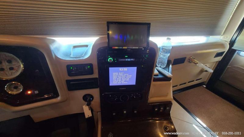 2005 Monaco Signature 45 COMMANDER Class A RV