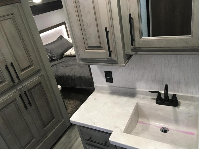 2021 Heartland Bighorn 3375SS Fifth Wheel Campers RV